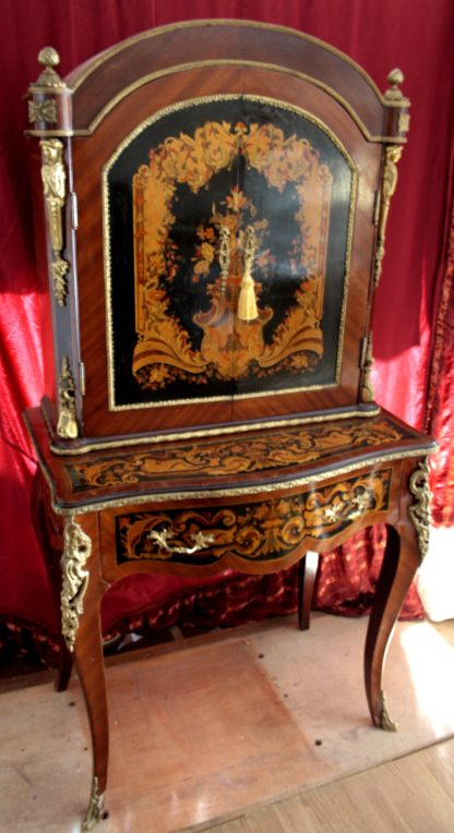 Секретный стол с репродукцией в стиле Людовика XIV, репродукция начала 900 года, хорошее качество в очень хорошем состоянии