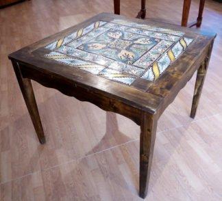 Винтажный обеденный стол с оригинальной итальянской майоликой XVIII века